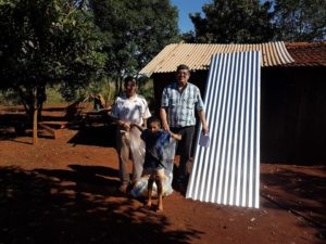 Asistencia Inmediata De Parte Del Intendente De Hohenau A Las Mas De 60 Familias Damnificadas. ...